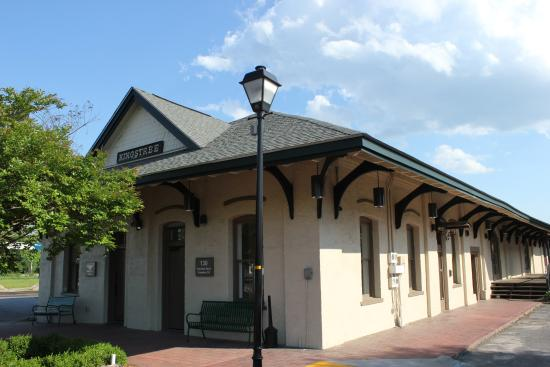 Kingstree Depot, Family Restaurant and Diner