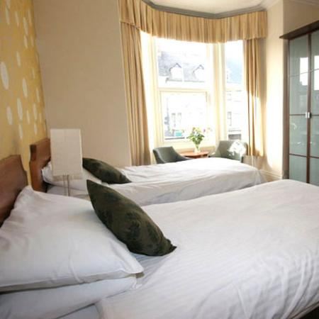 The Broadway Hotel: Guest Room (OpenTravel Alliance - Guest room)