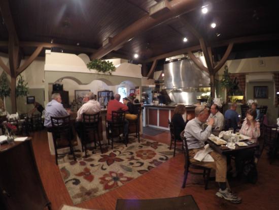 Laconia Local Eatery : Dining Area