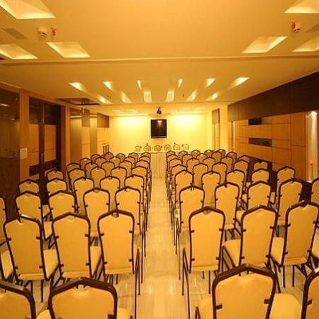 Resort De Coracao: Conference