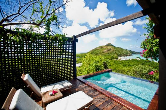 Saint Mary's, Antigua : Hillside Pool Suite View