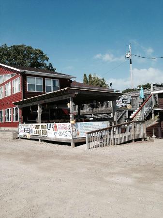 Κολντ Σπρινγκ, Μινεσότα: The deck
