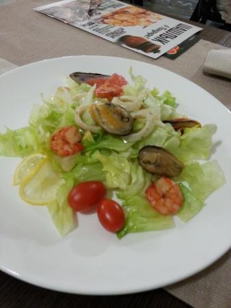 Салат цезарь уфа