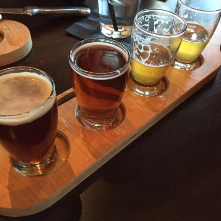 Ham Lake, MN : Beer flight