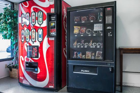 Monte Vista, CO: Vending Area