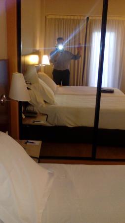 NH Castellon Turcosa : Una buena habitación.