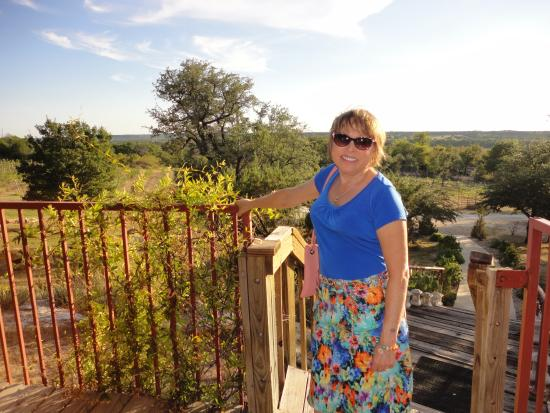 Bluff Dale Vineyards: Great View from the Patio Outdoor Seating Area