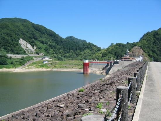 Shirakawa Lake