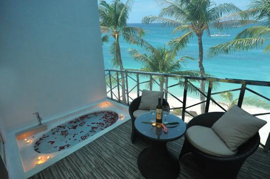 Boracay Ocean Club Beach Resort Diamond Suite Veranada