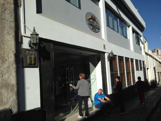 Tierrasur Hotel : Inngangspartiet