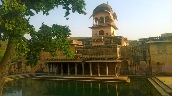 Sukh Niwas Mahal