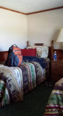 Hodgen, OK : Bedroom 2