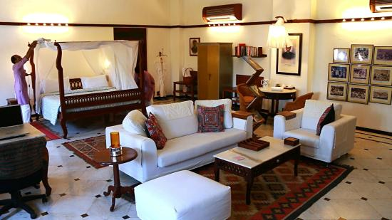 The House of MG: Mangaldas Suite