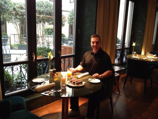 View at breakfast in mandarin oriental hotel milan as for Mandarin oriental spa milan