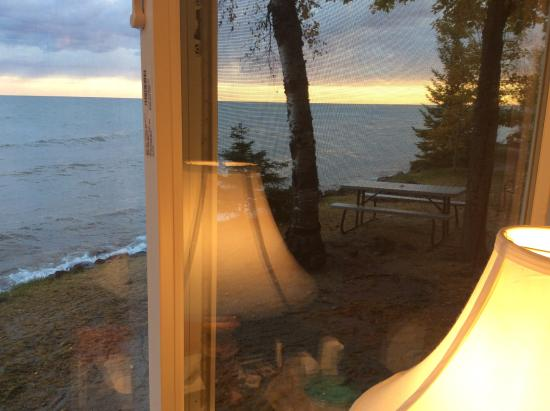 Superior Shores Resort: room with a view,7