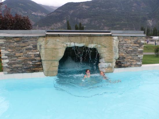 La grotte photo de les bains de saillon saillon for Hotel des bains saillon suisse