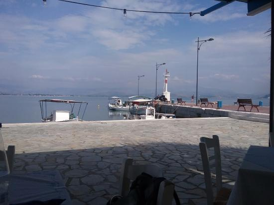 Myloi, Yunani: Le petit port