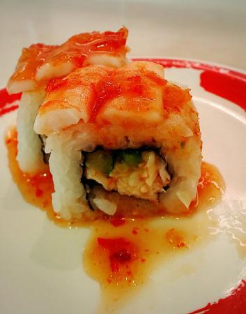 Genki Sushi: ピンクタイガーと言う名前はエビフライ、クリームチーズサーモン、カリフォルニアロールです!!