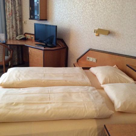 Senator Hotel Hamburg: Letto