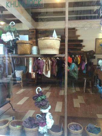 Changmoi House (Little Village): The clothes they sell