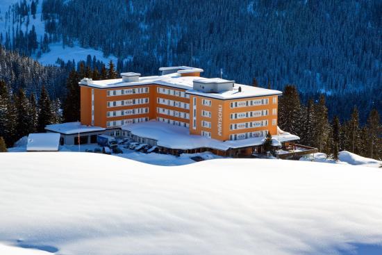Hotel Pratschli: Aussenansicht