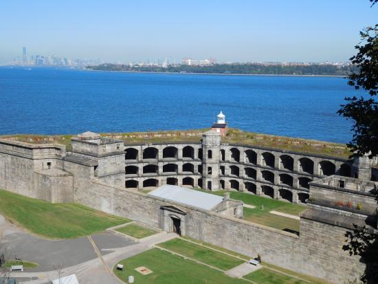 ‪Fort Wadsworth‬
