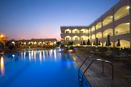 오리온 호텔 팔리라키