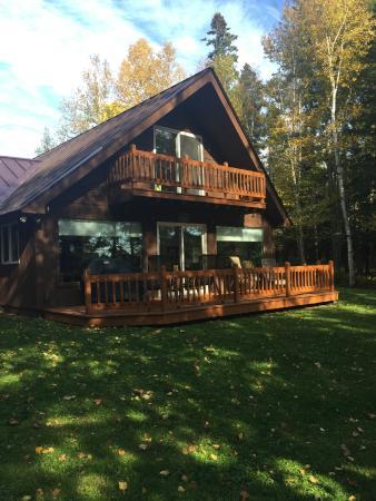 Sky Lodge Cabins: Outdoor area