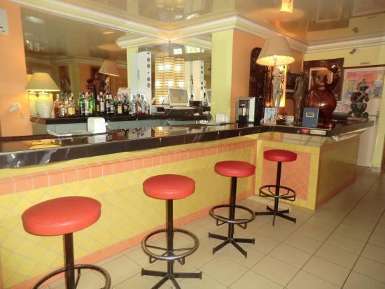 LEET DORIAN HOTEL ( 107€ la nuitée) : Bar