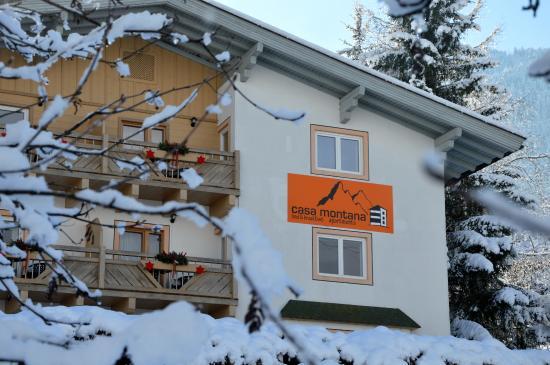 Niedernsill, Østrig: Casa Montana in winter