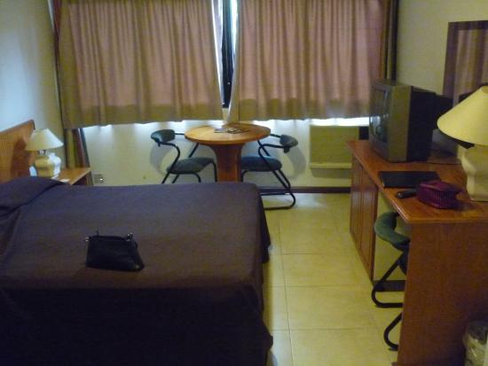 Apart Hotel Alvear: Habitación