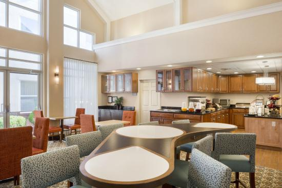 Photo of Homewood Suites by Hilton Toledo-Maumee