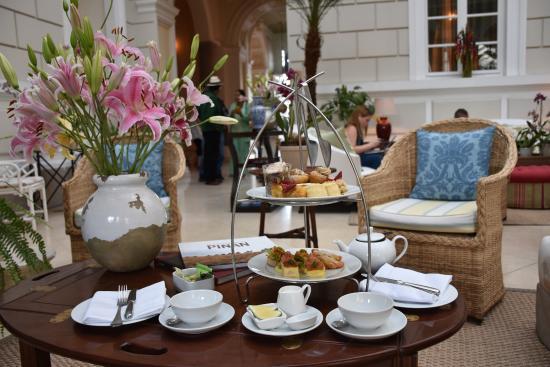 كاسا جانجوتينا: Afternoon High Tea