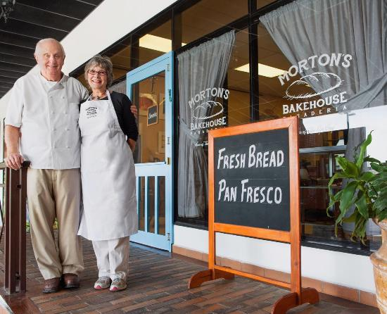 Morton's Bakehouse: Mort and Barbara Rabkin, proprietors