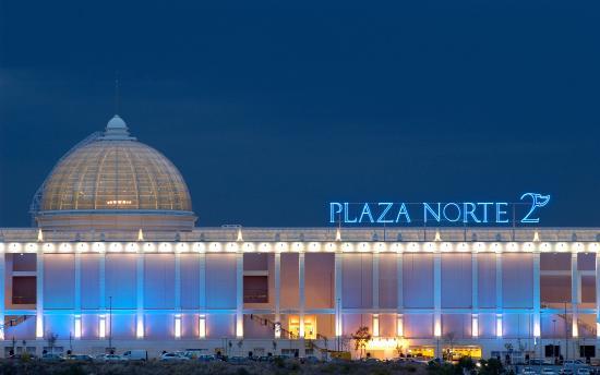 Foto de centro comercial plaza norte 2 san sebasti n de - Peluqueria plaza norte 2 ...