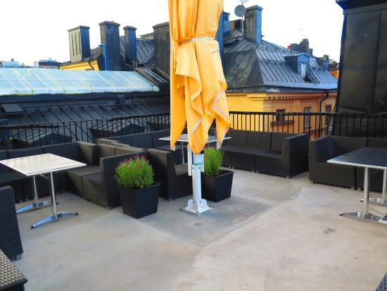Scandic Gamla Stan: Rooftop deck/sitting area