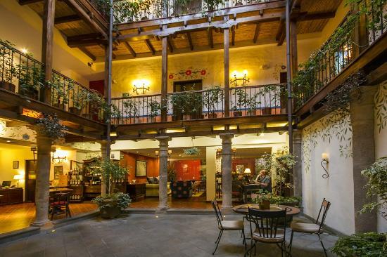 La Casona de la Ronda Heritage Boutique Hotel: Patio