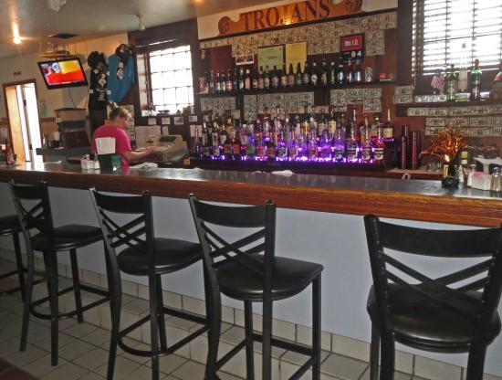 Central Lake, MI: Bar Seating