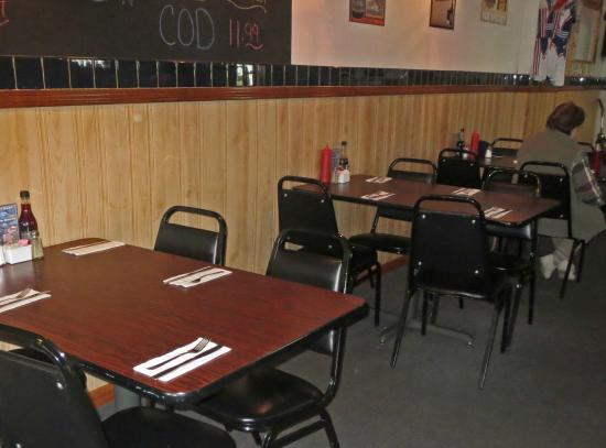 Central Lake, MI: TAble Seating