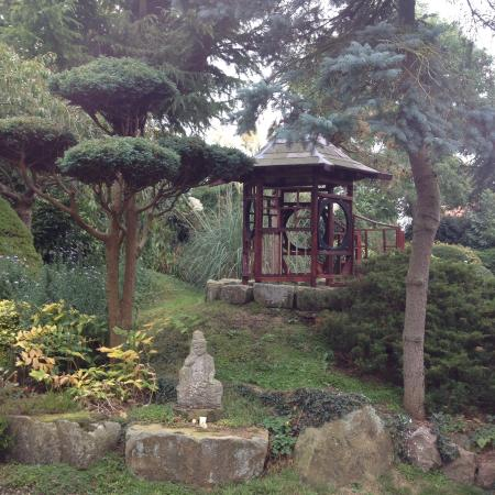 Pure Land Meditation Centre And Japanese Garden: Peaceful Gardens To Help  Create A Peaceful Mind
