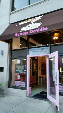 Maron Chocolates and Scoop de Ville