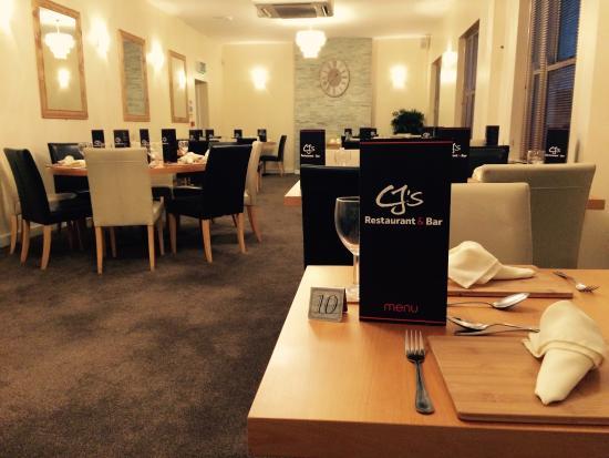 CJ's Restaurant & Bar