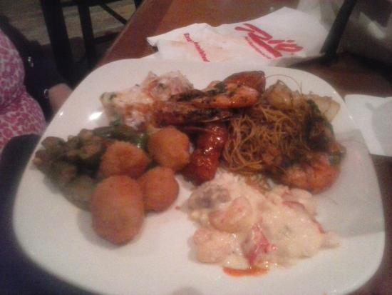 Village Seafood Buffet: Seafood and potatoes