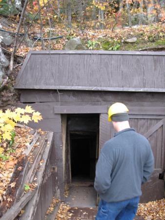 Mohawk, MI: Entering the mine
