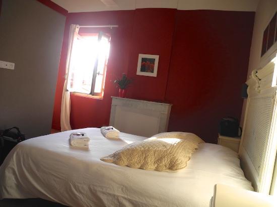 Hotel Restaurant l'Arbre de Mai : Neu renoviertes Zimmer