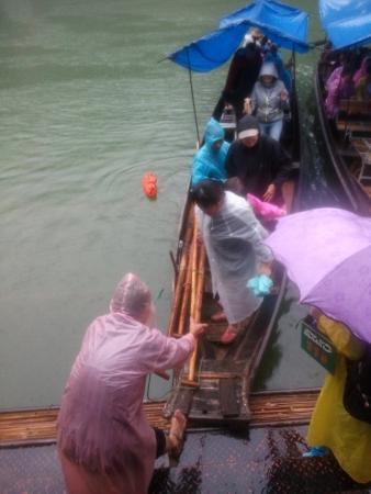 Badong County, China: Embarking
