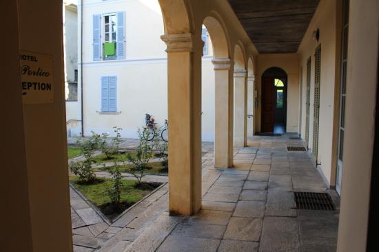 Hotel Il Portico: Back-garden