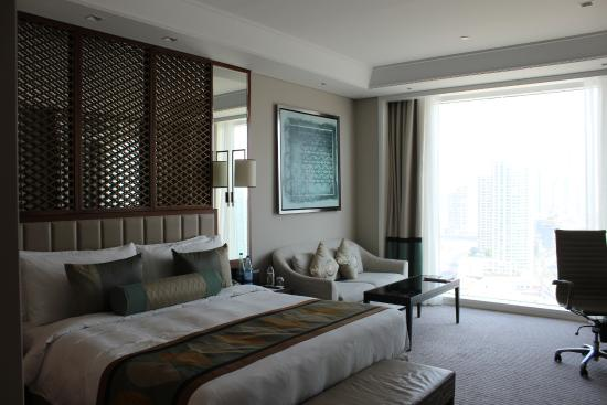 Hotel room picture of taj dubai dubai tripadvisor for Best hotel rooms in dubai