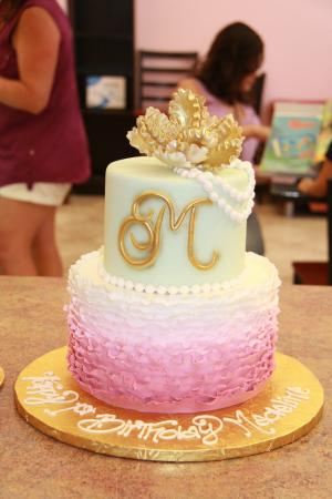 Ruffle Birthday Cake - Picture of C'est Si Bon Bakery, San Jose ...