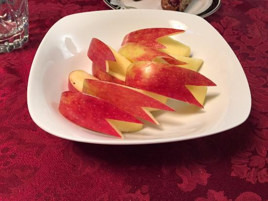 Soo's Bed & Breakfast: Apples